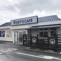 キーズ カフェ 北谷ハンビー店 /  KEY'S CAFE Chatan Humvee-Shop