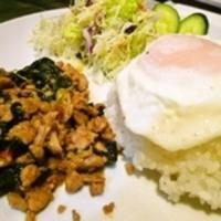 サラータイ / Salah Thai