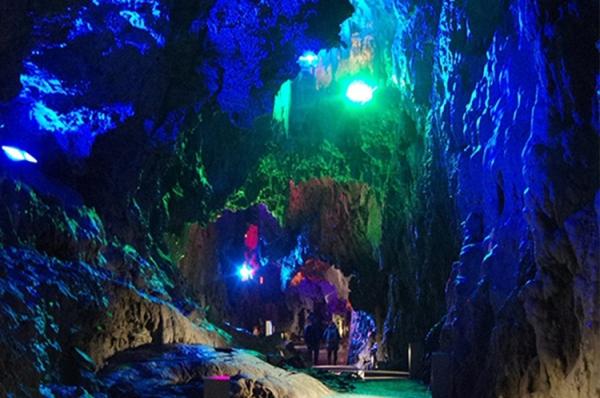 Ryūsendō Cave / 龍泉 洞