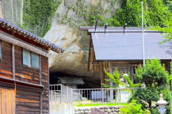 자카이 동굴 주거지 / 大 境 洞窟 住居 跡