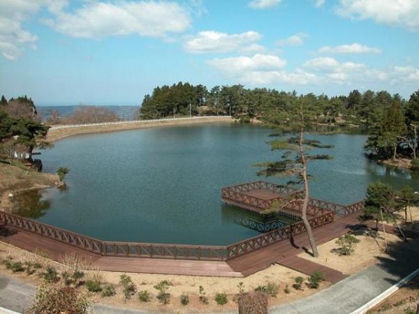 Soseki Gaminehara Oike /碁石ケ峰原山大池