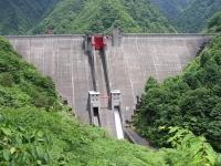 Плотина для защиты от наводнений в Каджигаве / 加 治 川 治水 ダ ム