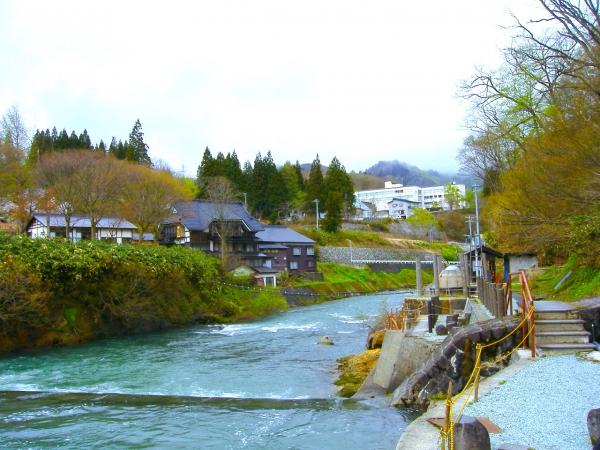 Sungai Dozan / 銅 山川