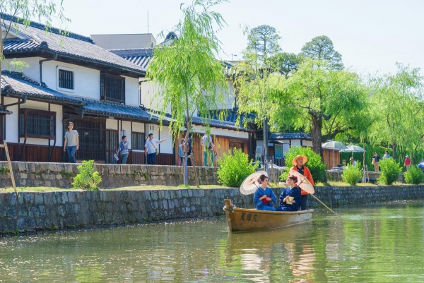 Kurashiki beauty district / 倉 敷 美 観 地区