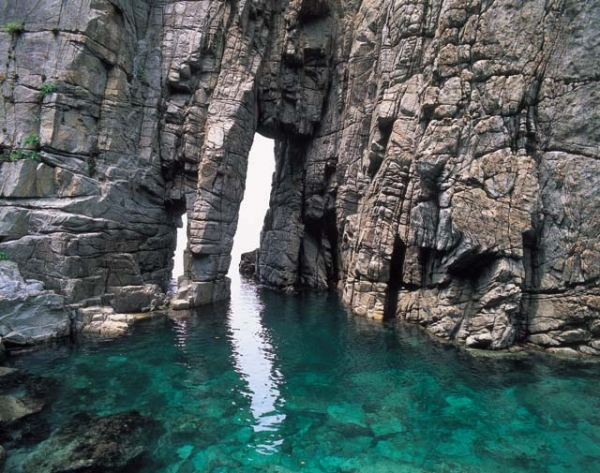 Sotomo Arch / 蘇 洞門