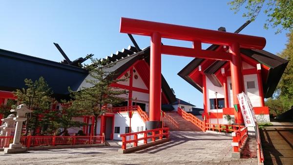 Hotokuyama Inari Shrine /宝徳山稲荷大社