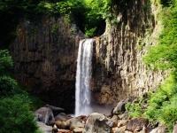 Cachoeira Naena / 苗 名 滝
