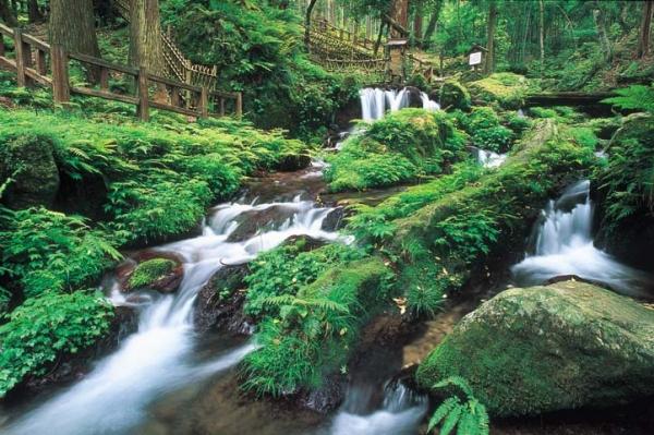 우리 와리 폭포 / 瓜 割 の 滝